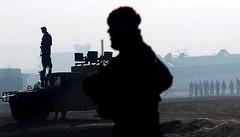 Afganistan'da karlan 3 doktor serbest (maydonozorg) Tags: afganistan doktor serbest