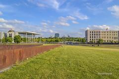 Berln Hauptbahnhof (mariosantiaguino_) Tags: berlin hauptbahnhof sbahn spree tiergarten reichtag spandauer