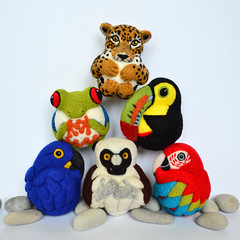Rainforest birds and animals (woolroommate) Tags: wool needlefelted needlefelting felt ball ornament decor softsculpture mobile baby etsy roommate lindabrike natureinspired natural toy arttoy collectable collectorsitem rainforest animal bird jaguar frog toucan lemur macaw