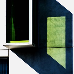 [] \ [\] green shadows (estiu87) Tags: abstract arquitectura graphic grfic geometry geometra exterior detail diagonal vidres window finestra glass ombres shadows verd green myway fun kln