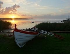 Traditional old Faroese fishing boat (Jaedde & Sis) Tags: færøbåd boat traditional fishingboat faroese seksmannafar beach land sunset evening hjarbæk friendlychallenges challengeyouwinner 15challengeswinner