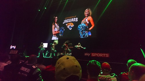 Jacksonville Jaguars cheerleaders. preform (2)