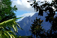 A view towards the teeth of the wolf (popinjaykev - living the Italian dream) Tags: sunshine italy italia mountains gransasso september
