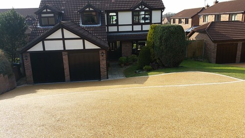 Resin Bound Driveway Macclesfield Image 1