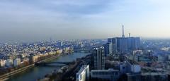 Polution parisienne (PixSimoPlace) Tags: paris france tower lumix tour photos eiffel 200 toit fz worldwidepanorama