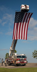 Centennial Park, Fort Myers, Florida - A Tribute to America's Heroes (Timothy Wildey) Tags: florida flag centennialpark usflag leecounty fortmyers leecountyflorida piercefireapparatus cityoffortmyersfiredepartment cityoffortmyersfirerescue centennialparktributetoamericasheroes
