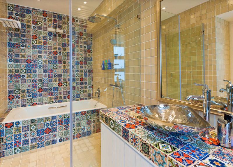 Azulejos para ba o de talavera for Casa de azulejos en valencia