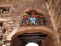 PRADES-22 (e_velo ()) Tags: 2016 catalunya baixcamp prades primavera spring olympus e620 buildings edificis edificios