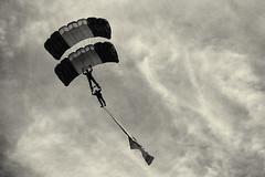 JEPB 12 (Mathias Bra) Tags: social virado militares paracaidistas