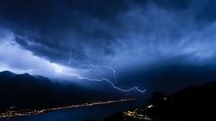 16-07-14 010621.jpg (dsgk) Tags: italien italy night nacht thunderstorm lightning landschaft gewitter lakegarda lagodigarda gardasee 2016