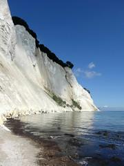 Møns Klint (Jaedde & Sis) Tags: mønsklint cliff chalk nature shore water challengefactorywinner thechallengefactory heromonthly 15challengeswinner