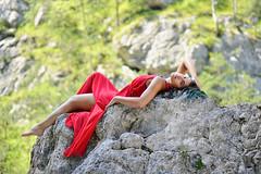 _D3S5106b (Concert Photography and more) Tags: trees red green beauty model nikon rocks outdoor posing carnia modelling reddress nture friuliveneziagiulia outdoorshot d3s effeeffe liveactionhero glagnò chantalparadisi 2016junejulyitalyeffeefferedspirit