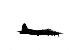 WSM 41620grapencr (kgvuk) Tags: aircraft b17 flyingfortress westonsupermare sallyb westonairshow