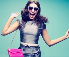 handbags craze (www.giftideaz.in) Tags: aisha soty ladiespurse aliabhatt