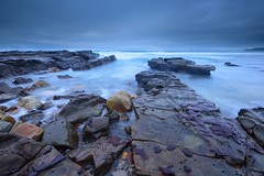Wet Rocks (Paul Hollins) Tags: aus australia merewether newsouthwales