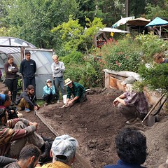 #BullocksPermacultureHomestead learning about #waterretention: #oncontour #swales #ponds #diversionditches #dams #berms #erosioncontrol #slowspreadsink #infiltrate #Permaculture (Heath & the B.L.T. boys) Tags: instagram permaculture farm friends