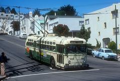 MUNI #859 (Jim Strain) Tags: jmstrain trolleybus coach vehicle trolley bus transit muni sanfrancisco california