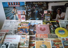 1970's : (Retro King) Tags: 1977 retro records elvis vinyl albums singles 1978 british lps comicbooks magazines cassettes newspapers vintage 1970s collectables