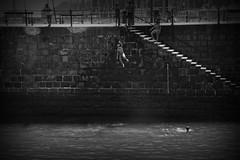 Carnets de voyage (4) (J.Martin14) Tags: saut insouciance enfance jeu plongeon eau