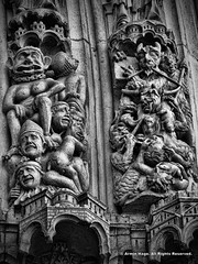 Grotesque (Armin Hage) Tags: notredamedeparis paris france frenchgothic cathedral romancatholic devil demon hell grotesque carving arminhage