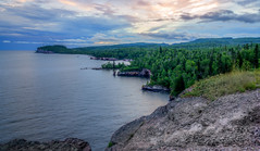 Cliff with a view (Paul Domsten) Tags: tettegouchestatepark seaarch shovelpoint landscape lake lakesuperior shore pentax northshore minnesota clouds sky statepark
