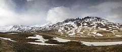 Hraundrangi - xnadalur   North Iceland (Julien Ratel ( Jll Jnsson )) Tags: panorama mountains landscape iceland north panoramic range sland islande eyjafjrur jnashallgrmsson islenska hraundrangar xnadalur northiceland xnadalsheii hraundrangi julienratel julienratelphotography landslagsmynd islenskilveldi