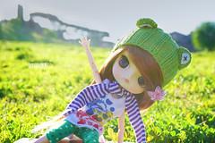Stretching (Untuvikko) Tags: doll dal gem dotori