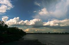 Rhein (LomU Grapher) Tags: clouds europa europe bonn nuvole eu smartphone lorenzo reno lm rhein europeanunion waal htc lorenzom lomugrapher 2015lomugrapher