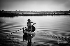 YL1D10119 (Yan Lerval) Tags: hoian vietnam blackandwhite rowing water river