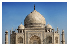Agra IND - Taj Mahal Base, dome, and minaret 04