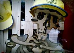 """A Spaniard in the works"" (Franco DAlbao) Tags: francodalbao dalbao microsoftlumia esqueleto skeleton trabajador worker spaniard trabajo work johnlennon condiciones conditions salario wage"