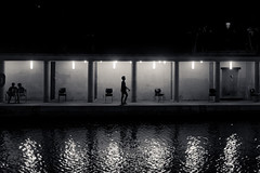 20160724-DSCF2010 (Abec.photographe) Tags: bassindelavillette nuit reflets silouette blackandwhite noiretblanc