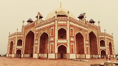 Humayun's Tomb (kashif najam) Tags: humayunstomb sideview historicalmonument worldheritagesite mughalera mughalarchitecture redsandstone delhistaj tomb