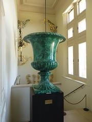 Waddesdon Manor (Dubris) Tags: england buckinghamshire waddesdonmanor nationaltrust rothschild mansion urn malachite
