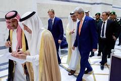 Secretary Walks With Officials Prior to Meeting Focused on Yemem (U.S. Department of State) Tags: johnkerry jeddah saudiarabia yemen