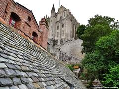 Mont Saint-Michel - Abbaye (JeanLemieux91) Tags: pierres piedras stones ardoise clocher mont saintmichel bassenormandie normandie france summer t verano juin junio june 2016