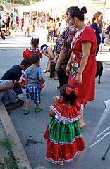 Visitors at the Neighborhood Market (ali eminov) Tags: omaha nebraska parks giffordpark events neighborhoodmarkets people women parents mothers children mothersandchildren