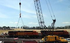 BNSF 7695 - The Yellow Swoosh (hupspring) Tags: train construction diesel crane engine loco locomotive southerncalifornia orangecounty anaheim placentia bnsf swoosh burlingtonnorthernsantafe es44dc 7695 bnsf7695 bnsf7412 bnsfsanbernardinosub heritage3 yellowswoosh marcocrane