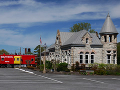 Ft. Payne, AL Depot (M R Stephens) Tags: railroad alabama trains depot appalachia norfolksouthern fortpayne fortpayneal alabamagreatsouthern