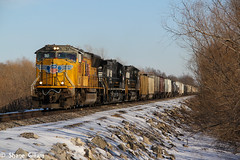 Up 5067 hustles freight through the snow. (Machme92) Tags: railroad sky usa snow up ns union trains u cannon snowing bnsf railroads norfolksouthern railfanning railfans unionpacifc cannon60d
