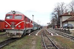 BDZ, Varvara 2013-02-04 (Michael Erhardsson) Tags: lok diesellok tg bulgarien varvara 2013 bdz tgresa smalspr