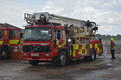 W332 SSX (markkirk85) Tags: fire engine appliance fl6 18 angloco bronto skylift f32 mdt aerial ladder platform nottinghamshire rescue service new fife w332 ssx w332ssx