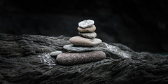 Cairn (Sean Batten) Tags: ilfracombe england unitedkingdom gb cairn beach nikon d800 2470 pebbles devon rocks