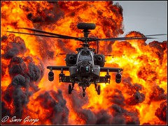 Apache Boom-0667-2 (simon_x_george) Tags: 2016rafmarham army apache ah64 helicopter aviation boom