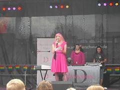 DSCN2773 (Shandorian) Tags: queer gay schwul lesbisch christopherstreetday mainz transgender drag graciagracioso rosaopossum
