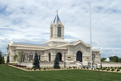 New Ft. Collins Temple (aaronrhawkins) Tags: ftcollins colorado lds temple mormon new construction fountain landscaping complete moroni angel church aaronhawkins
