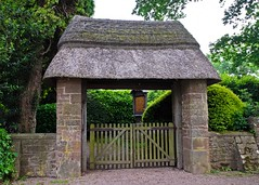 Brockhampton by Ross Herefordshire - Thatched Lychgate (David Cronin) Tags: herefordshire allsaints artsandcrafts lychgate brockhamptonbyross wrlethaby alicefoster