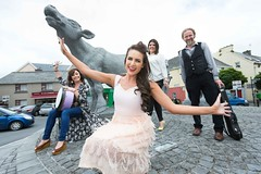 TG4 21-08-16 @20.30 Fleadh TV -  Presented by Mairad N Chuaig, Lynette Fay, Cathy Jordan & Tola Custy (TG4TV) Tags: arts business ceoil craic ennis entertainment festival gaelic heritage irish music musician prcommercial traditionalmusictradition ireland coclare