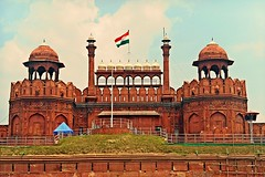 Freedom !! (Lopamudra !) Tags: lopamudra lopamudrabarman lopa delhi redfort lalquilla lalkilla architecture mughal moghul fort beauty art artistic freedom independence independenceday india tricolour triclolour shahjahan sajahan empire creative structure