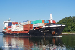 E.R. TALLINN (9448671) (003-21.08.2015) (HWDKI) Tags: ertallinn imo 9448671 schiff ship vessel hanswilhelmdelfs delfs kiel nordostseekanal nok kielcanal schlp rendsburg containership containerschiff mmsi 636092164